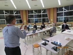 写真:第4回学校運営協議会の様子1